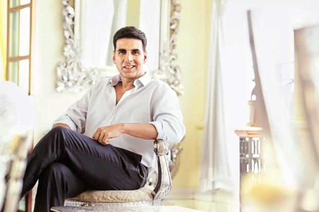 Akshay Kumar Full Height