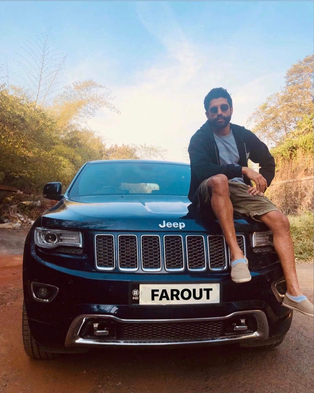 Farhan Akhtar on jeep