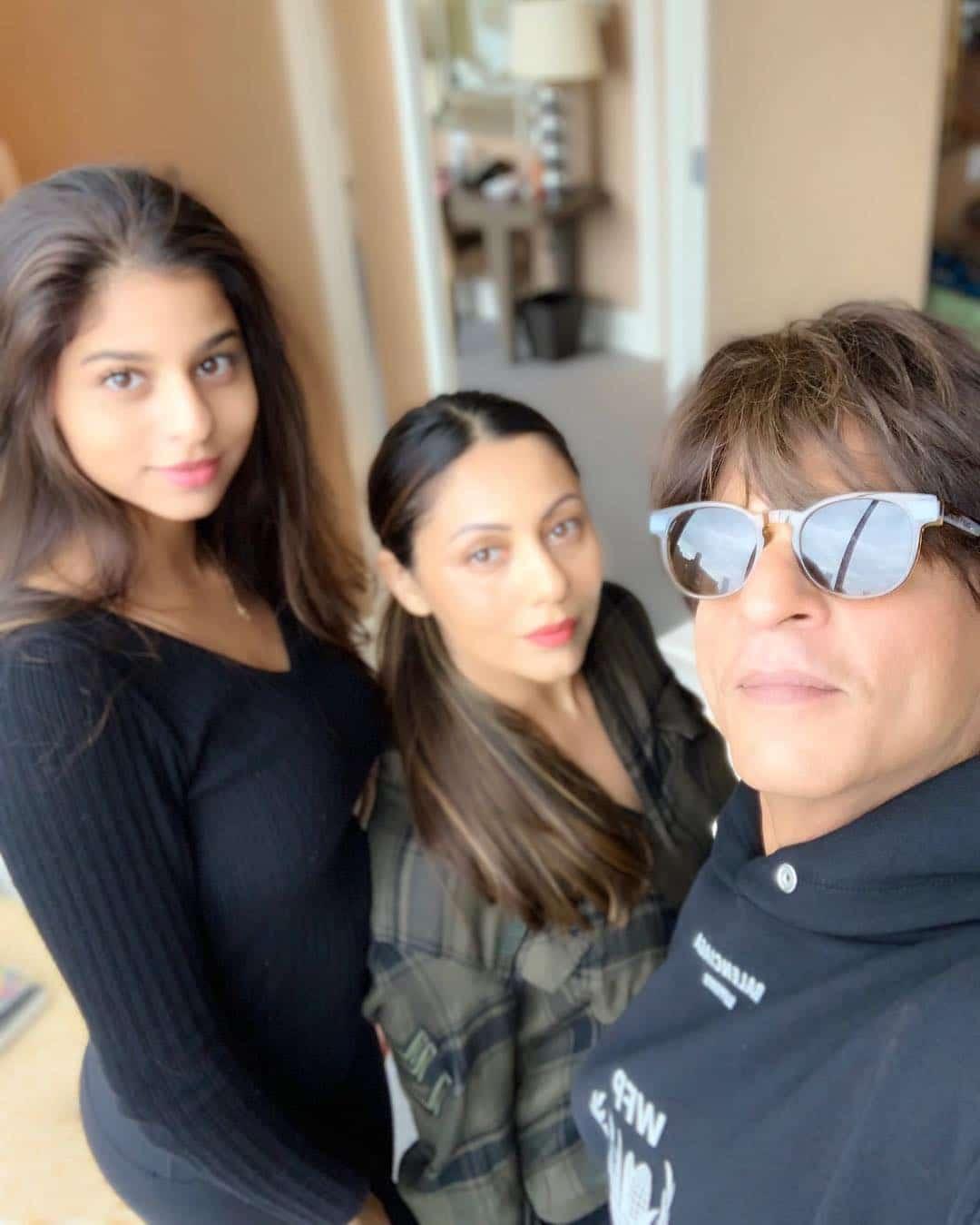 Shah Rukh Khan Selfie HD