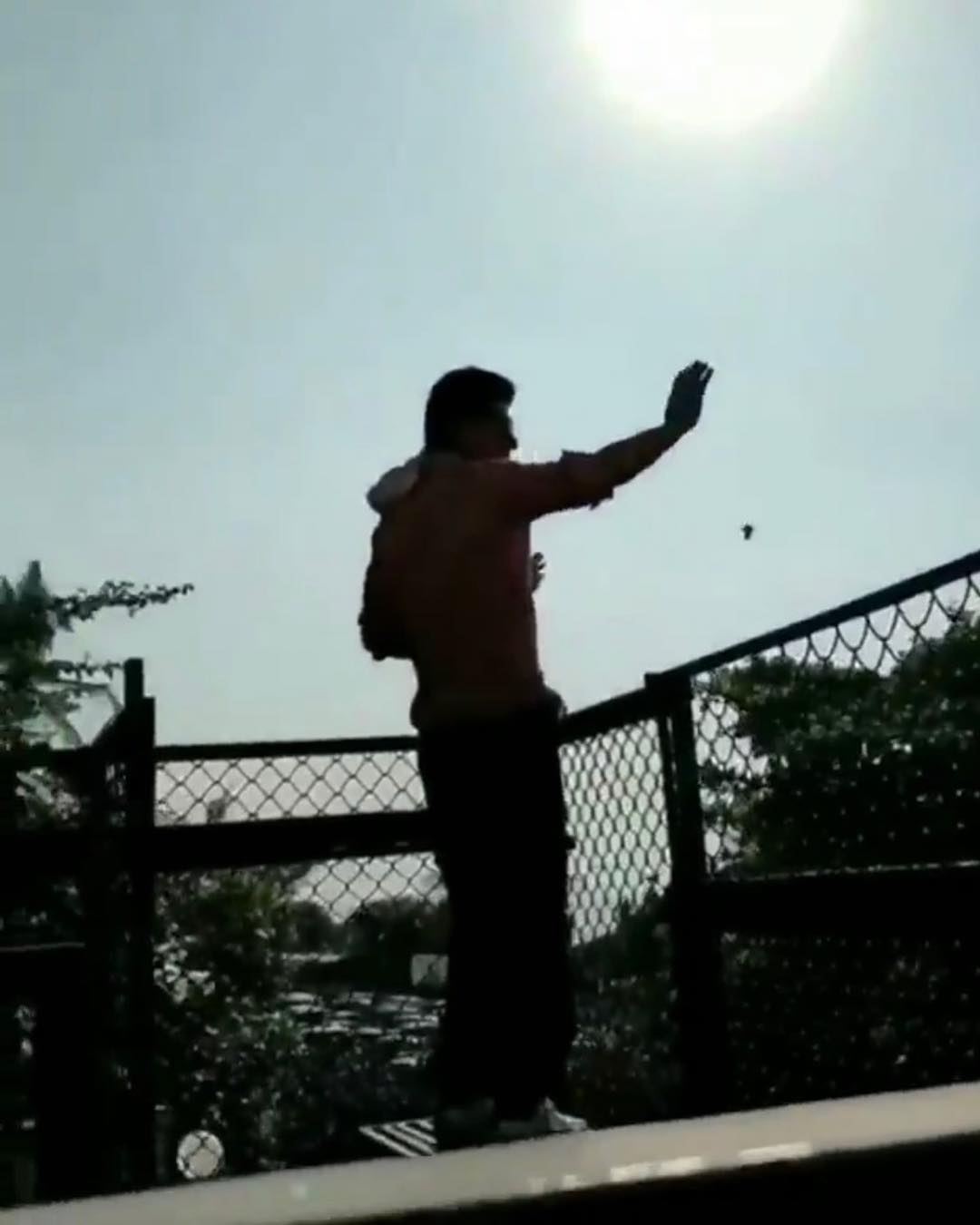 Shah Rukh Khan Waving Hand outside home to his fans