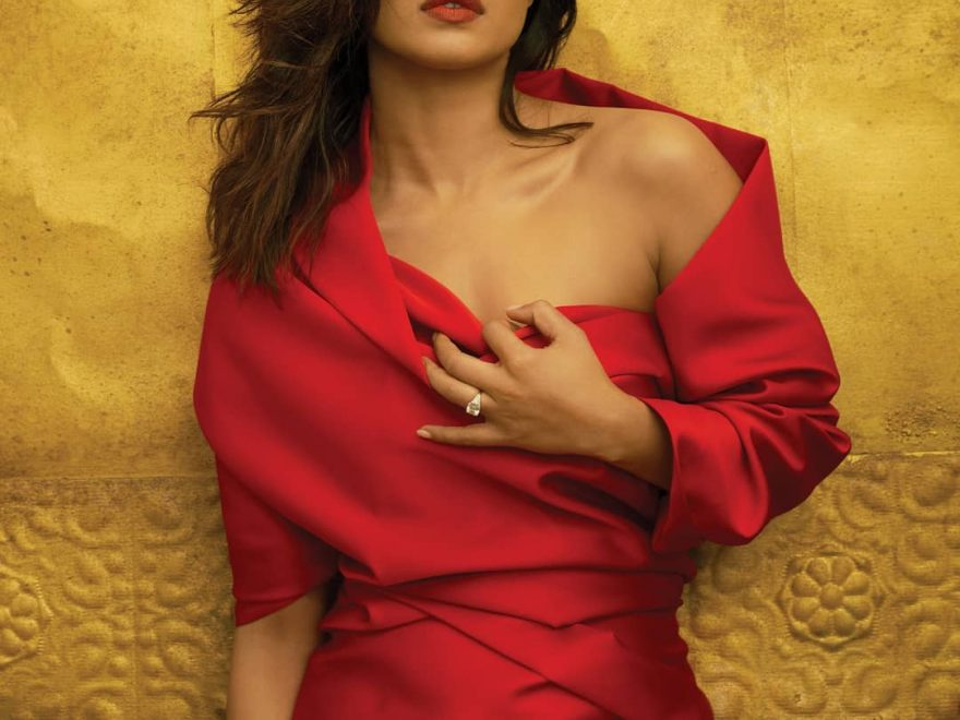 priyanka chopra red dress 880x660