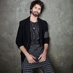 shahid kapoor height 150x150