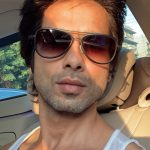 shahid kapoor out in sunshine 150x150