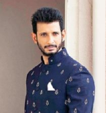 Sharman Joshi Actor