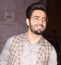 Aparshakti Khurana Anchor, Actor, Radio Jockey