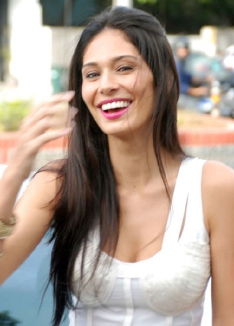 Bruna Abdullah Brazilian-Indian Actress and Model