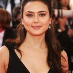Preity Zinta Bio, Height, Weight, Age, Family, Boyfriend And Facts