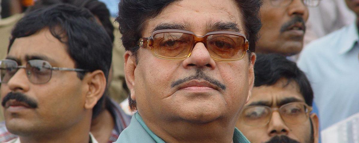 Shatrughan Sinha 00451 1200x480