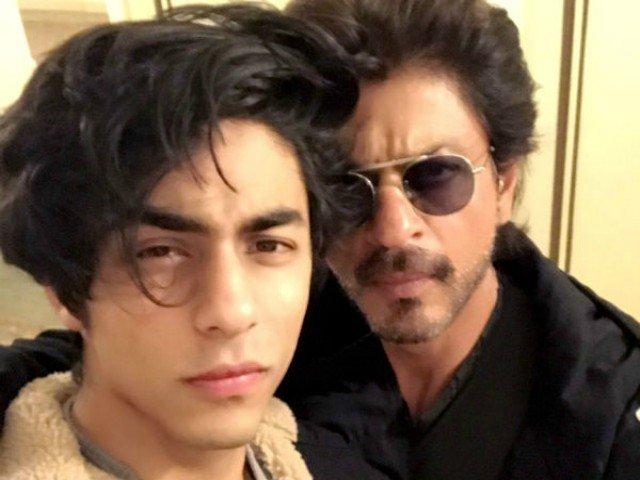 aryan khan with dad