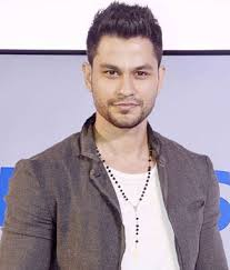 Kunal Khemu Bio, Height, Weight, Age, Family, Girlfriend And Facts - download 41