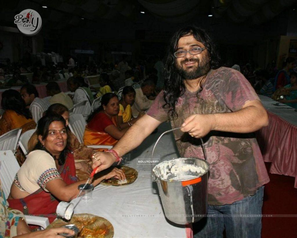 102693 pritam chakraborty celebrated sarbojanin durga puja 1024x819