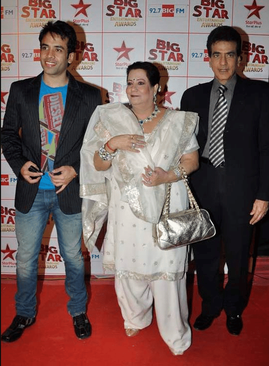 Jeetendra and wife and Tusshar Kapoor