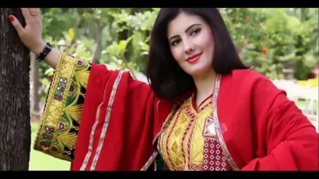 Nazia Iqbal 1024x576