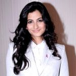 Rhea Kapoor Bio, Height, Body Measurements, Age, Affairs, Boyfriend, Facts