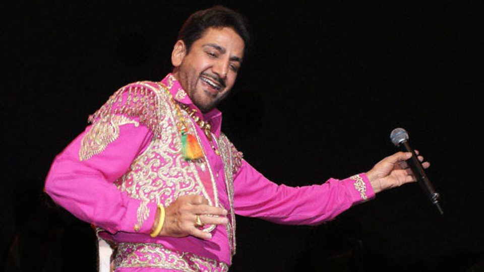 Gurdas Maan Bio, Height, Weight, Age, Family, Wife And Facts - p01bqvvn