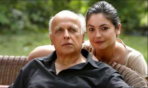 pooja and mahesh bhatt2 copy 1514360900 300x179