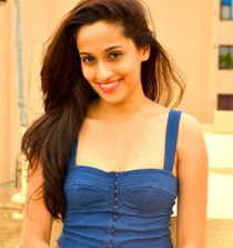 Shweta Pandit Singer, Writer and Composer