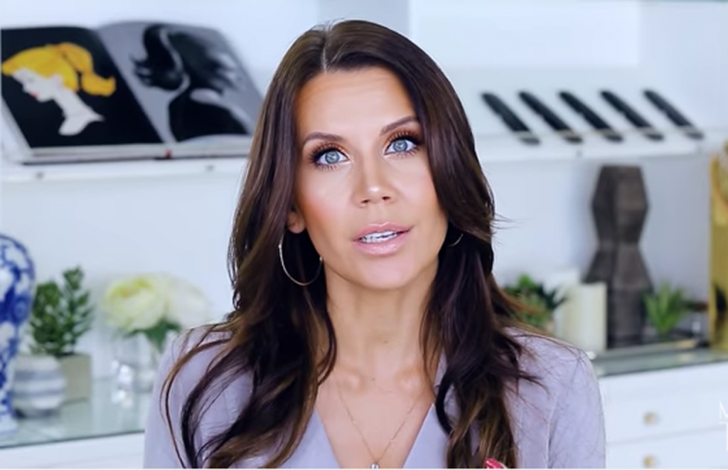 Tati Westbrook Bio, Height, Age, Weight, Boyfriend and Facts - 3 1 1024x661