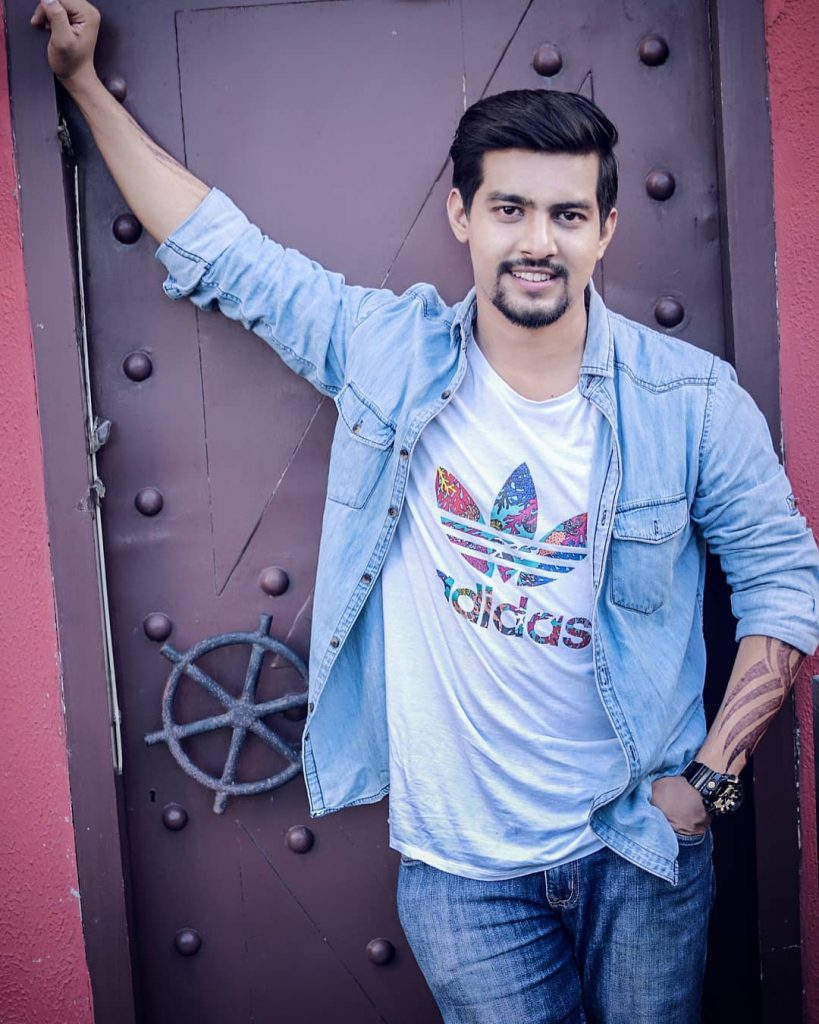 Aashqeen Bio, Height, Weight, Girlfriend and Facts - 41658630 2087364341322595 515632148397424640 n 819x1024