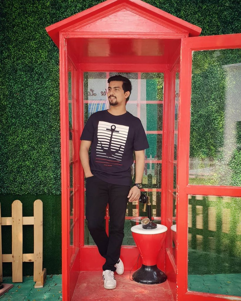 Aashqeen Bio, Height, Weight, Girlfriend and Facts - 43762643 1841123442672563 3417673527748983749 n 819x1024