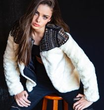 Meika Woollard Model and Actress