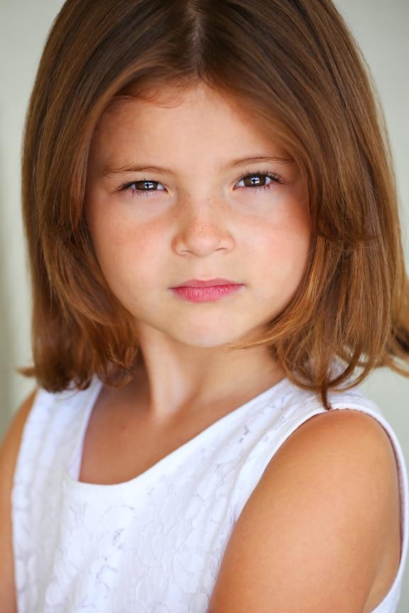 Sophie Pollono as kid