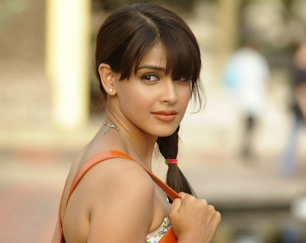 Genelia D'Souza Bio, Height, Weight, Age, Family, Boyfriend And Facts - genelia dsouza hd image 1024x814
