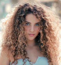 Sofie Dossi Actress, Dancer
