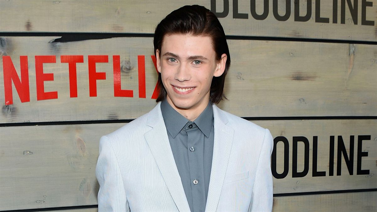 Owen Teague American Actor