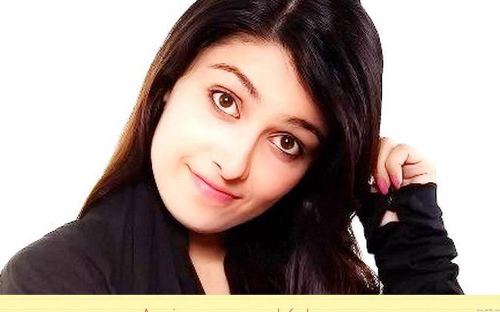 Ayeza Khan Age, Bio, Height, Boyfriend, Weight, Husband, Facts - 14 qmqun Pak101dotcom 2880x1800 1024x640