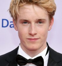 Louis Hofmann Actor