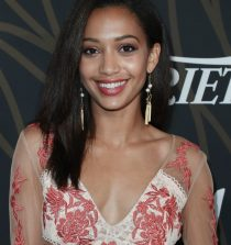 Samantha Logan Actress