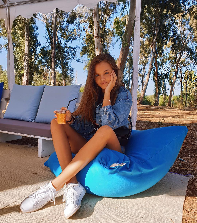 Anna Zak Height And Weight