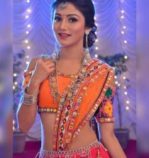 Donal Bisht Actress