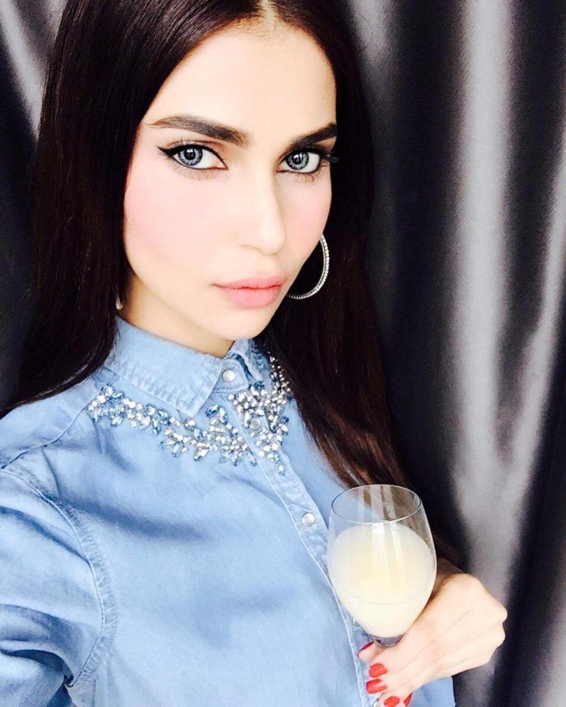 Lisha Sharma Indian Model