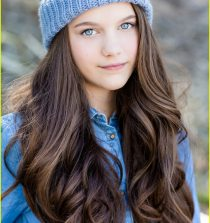 Chloe East Actress