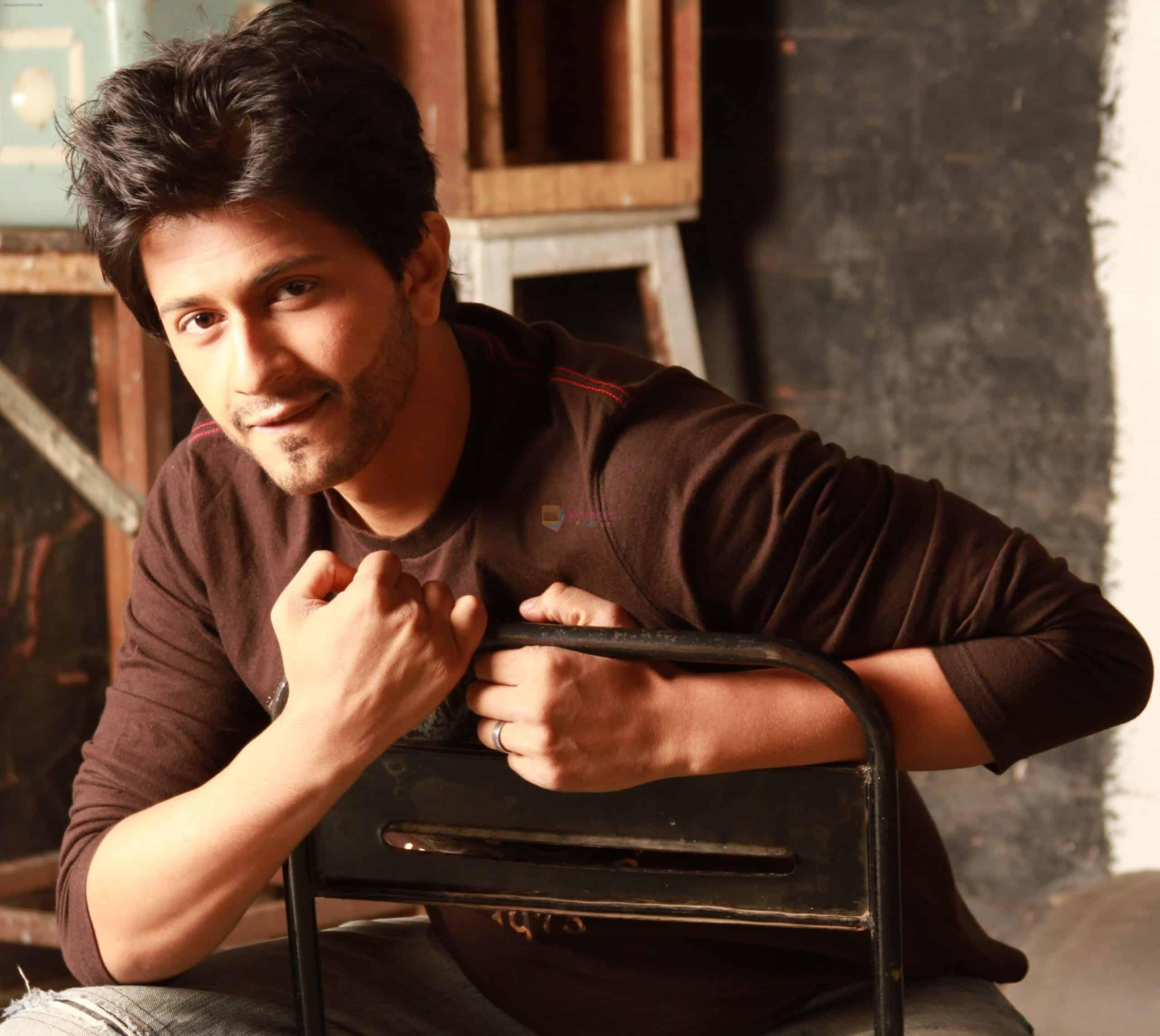 6 Shubh Mukherjee