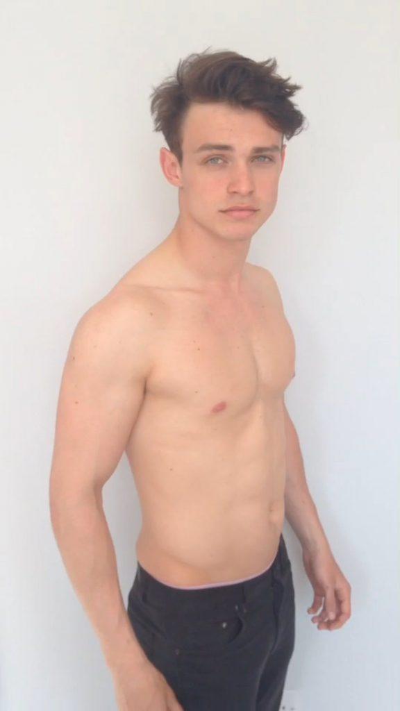 6 Thomas Doherty 576x1024