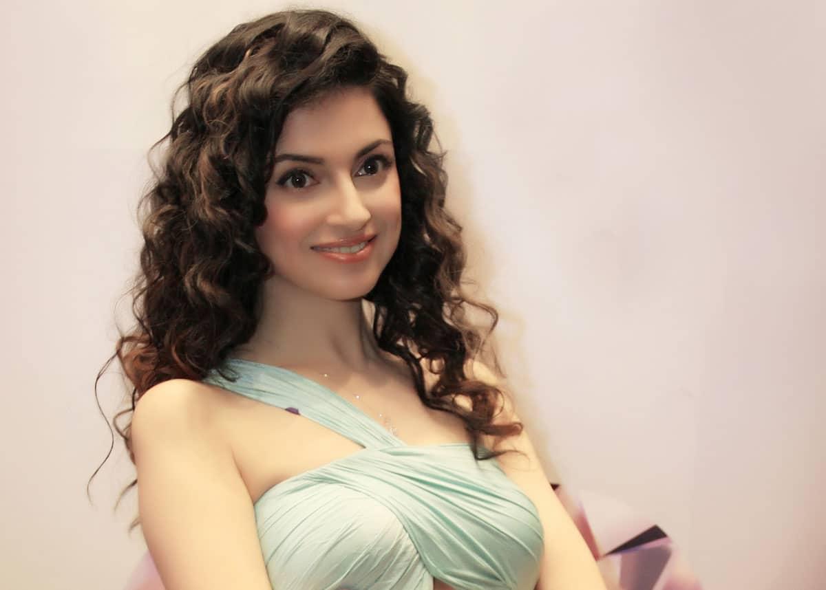 Divya Khosla Kumar Indian Actress, Director and Producer