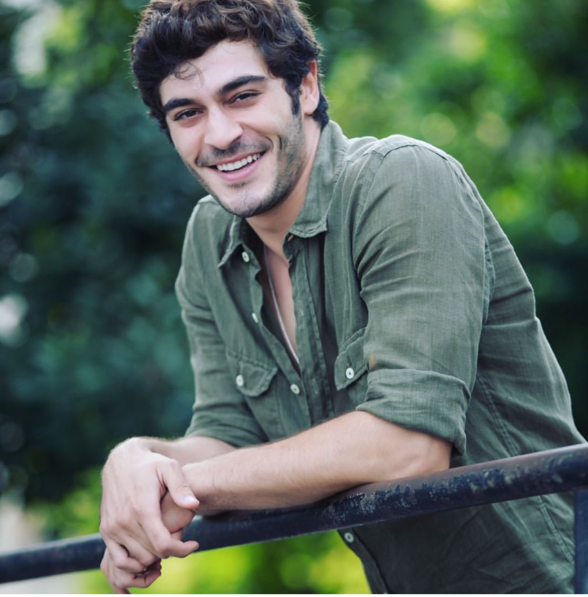 Burak Deniz Bio, Height, Net worth, Age, Family, Girlfriend