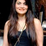 Alvira Khan Bio, Weight, Age, Height, Married, Wife, Facts