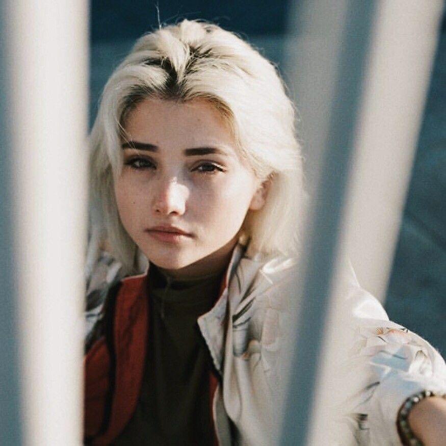 Amanda Arcuri9