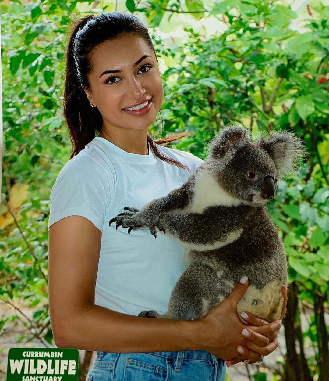 Anzhelika Tahir Pakistani Model, TV host