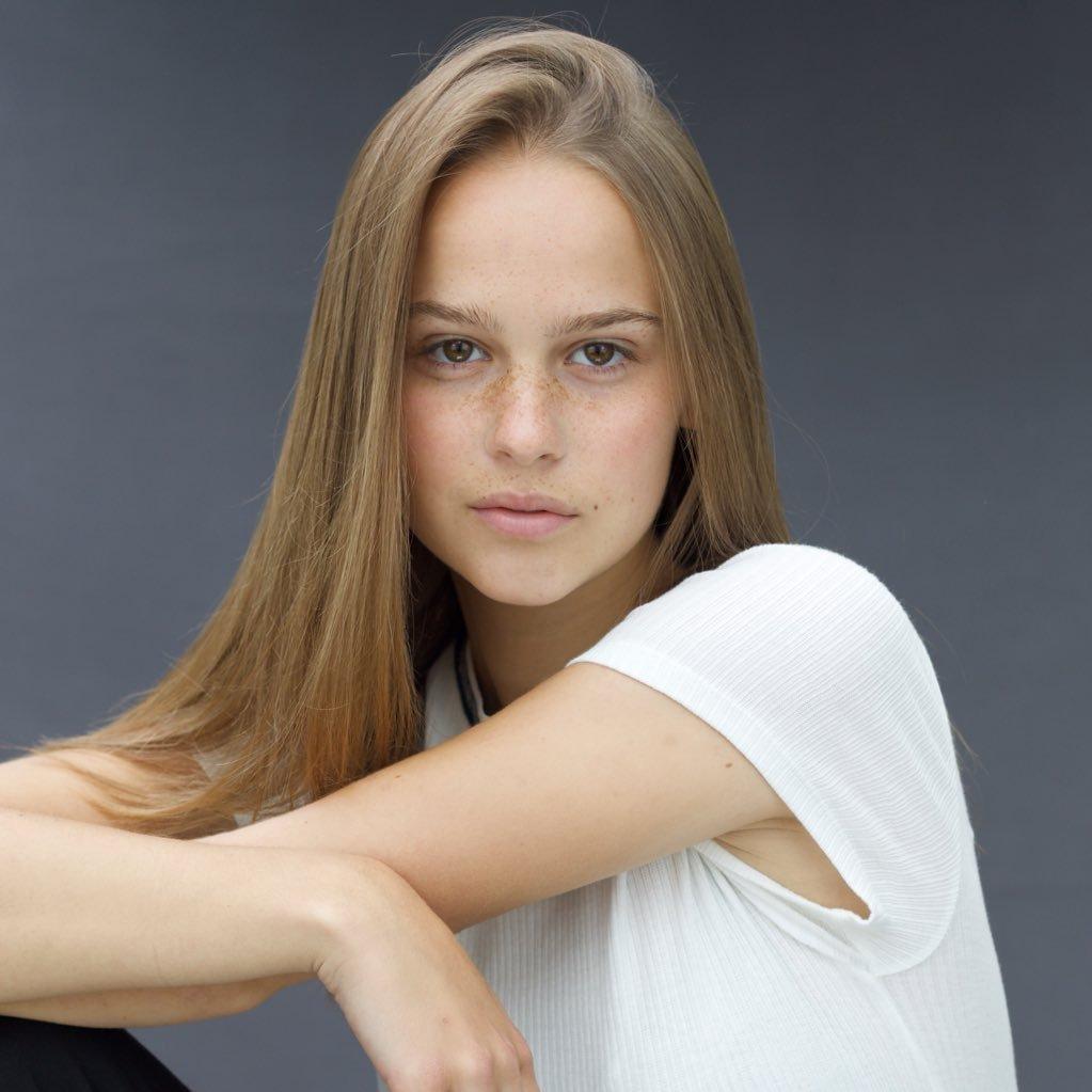 Clara Rugaard2