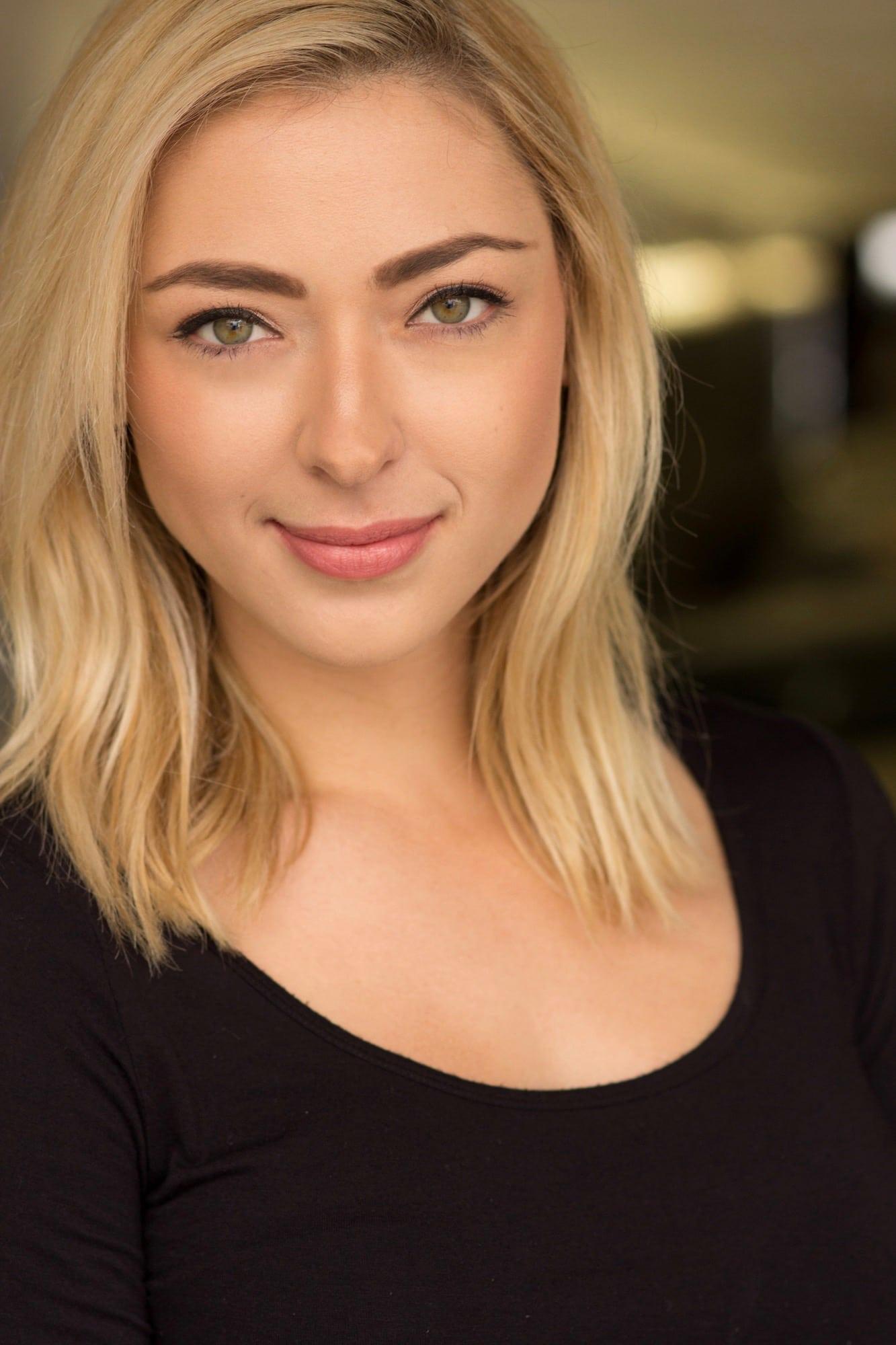 Liz Nolan American Model and Actress