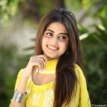 Sajal Ali Bio, Age, Height, Boyfriend, Weight, Facts
