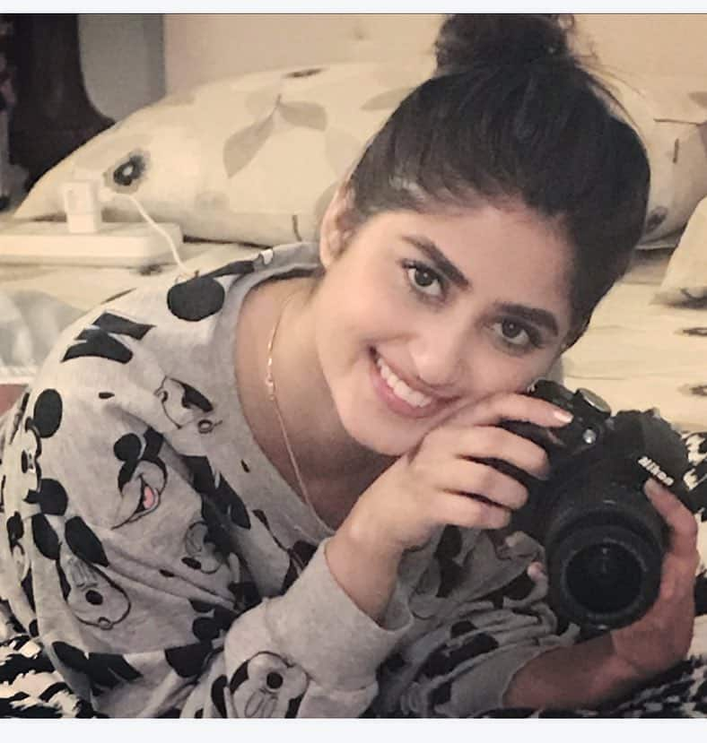 Sajal Ali Bio, Age, Height, Boyfriend, Weight, Facts - Sajal Ali Firdous Instagram Picture taken by