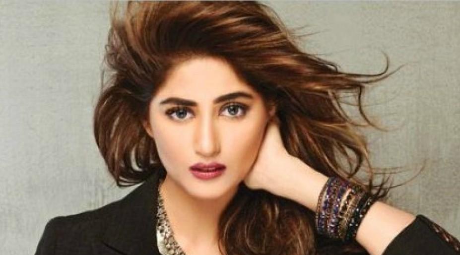 Sajal Ali Bio, Age, Height, Boyfriend, Weight, Facts - Sajal Ali Latest Hd Pics