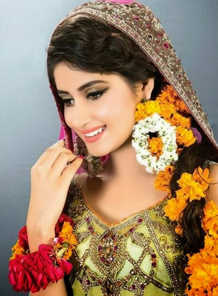 Sajal Ali Bio, Age, Height, Boyfriend, Weight, Facts - Sajal Ali Pictures 001 754x1024