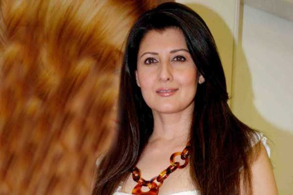 Sangeeta Bijlani Age, Bio, Height, Boyfriend, Weight, Girlfriend, Facts - Sangeeta Bijlani Salman Khans EX